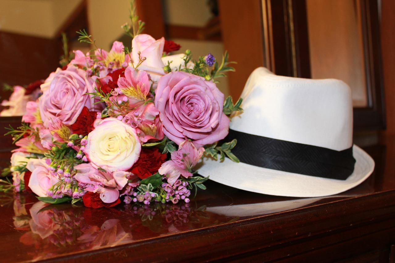 Should a Man Wear a Hat to a Wedding